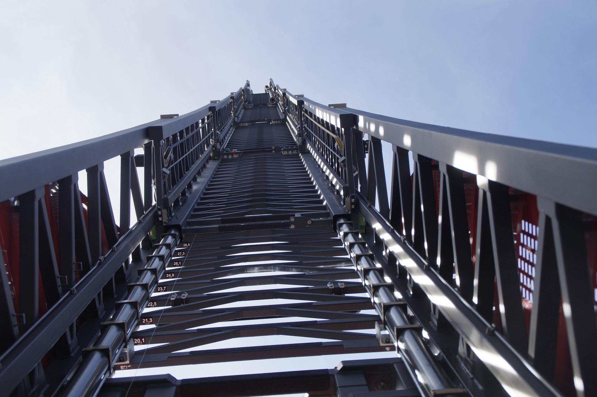 turntable-ladder-1645264_1920